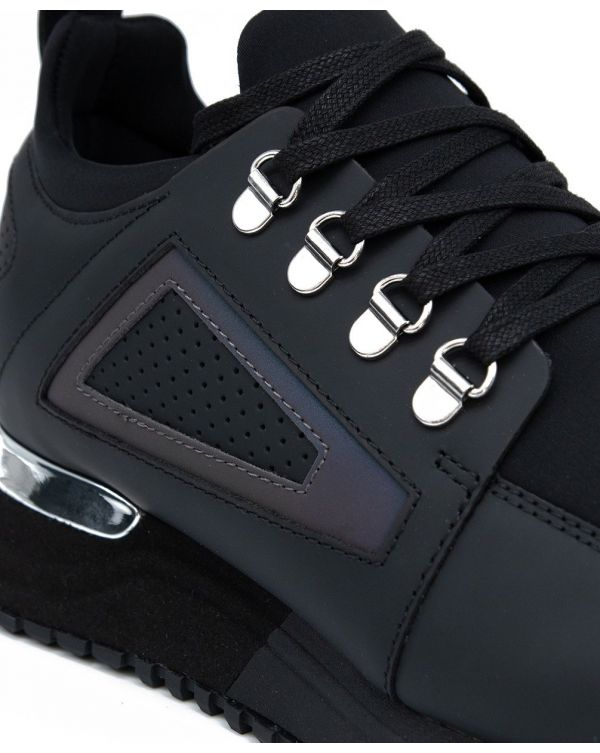 Hiker 2 Trainers