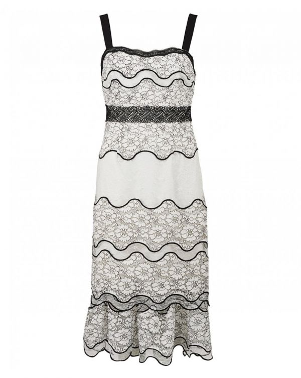 Lumma Tiered Lace Dress