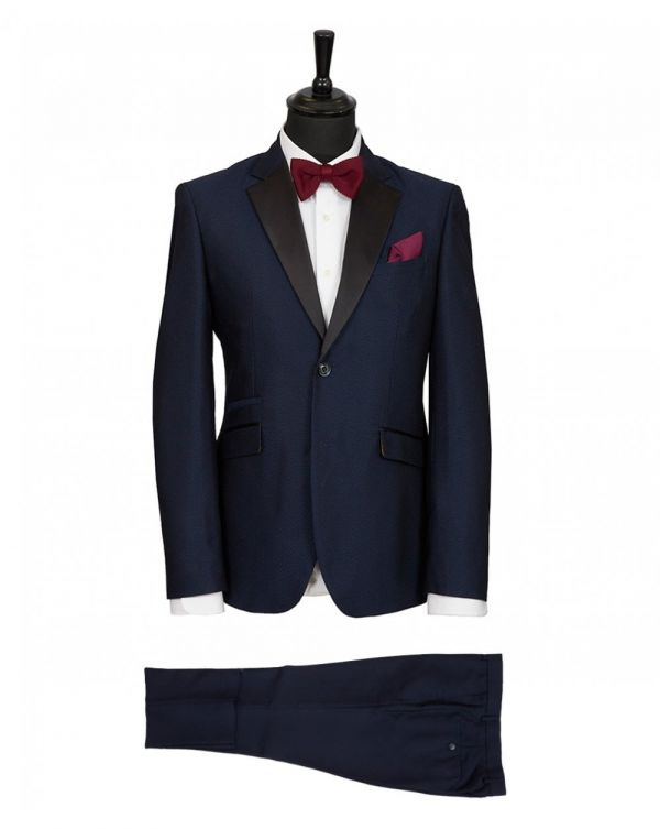 Self Pattern Dinner Suit